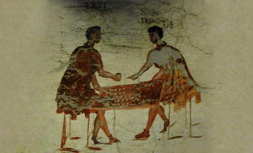 "Petteia - Ludus Latrunculorum  / Iconografía de las civilizaciones helenolatinas • <a style=""font-size:0.8em;"" href=""http://www.flickr.com/photos/30735181@N00/32522188645/"" target=""_blank"">View on Flickr</a>"