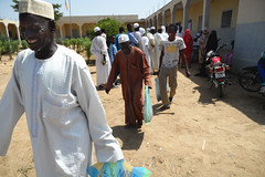 IR Chad Qurbani food distribution 2012