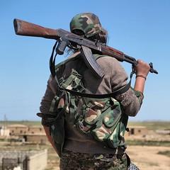 Kurdish YPG Fighter (Kurdishstruggle) Tags: war military warrior revolutionary frontline ak47 kurdistan azadi kurdish kurd kurds krt kalashnikov rojava ypg kurden freedomfighter femalefighter pyd militaryforces warphotography freekurdistan hasakah militarywoman serekaniye kobani ypj kurdishregion berxwedan kurdishfighters kurdishforces womenfighter syriakurds syrianwar kurdishfreedomfighters kurdisharmy yekineynparastinagel kurdssyria kurdischekmpfer rojavayekurdistan ypgypj servanenypg ypgrojava kurdishmilitary kurdsisis krtsuriye kobane ypgkobani ypgkurdistan ypgfighters ypgwomen jinjiyanazadi westernkurdistan ypgforces ypgkmpfer kurdishwomenfighters kurdishfemalefighters