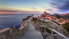Superb lookout (Zearil) Tags: d7100 nikon sights landscape nature mediterranean sea overlook island mountain cape cap vistas paisaje naturaleza mediterráneo mar montaña mirador isla mallorca tramuntana sierra formentor cabo