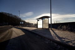 (Beathe) Tags: sande winter nordrejarlsrbergbrygge busstop bussholdeplass img9628