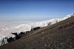 Southern Icefield near the summit - Kilimanjaro National Park - Tanzania (PascalBo) Tags: nikon d300 tanzania tanzanie africa afrique eastafrica afriquedelest kilimanjaro kilimandjaro kilimanjaronationalpark parcnationaldukilimandjaro outdoor outdoors glacier volcanic landscape paysage pascalboegli