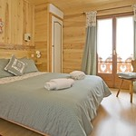 a-bedroom-1c