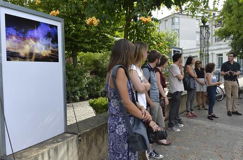 Vernissage de l'exposition de treize jeunes photographes amateurs niortais au square Henri-Georges Clouzot en présence de Jérôme Baloge, maire de Niort et du photographe Vincent Rosenblatt © Darri