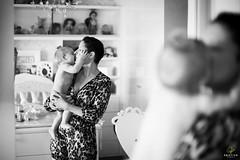 OF-EnsaioAnna-9meses-268 (Objetivo Fotografia) Tags: anna baby cute love espelho amor carinho linda brincar beb sorriso mimosa fabi me pequena pezinhos casinha fada ch fofa ensaiofotogrfico engatinhando encantado sapeca ursinhos fadinha 9meses risadas acompanhamento felipemanfroi eduardostoll engatinhar ursosdepelcia ensaioinfantil objetivofotografia