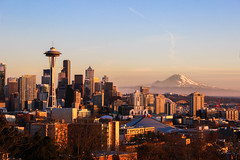 Kerry Park Sunset (csquags) Tags: seattle kerry park sunset washinton pnw space needle pacific north west mount rainier mountain key arena
