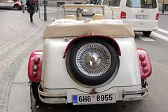 CFR6242 (Carlos F1) Tags: praga república checa nikon d300 czech prague old car coche viejo antiguo vehículo transporte transport repúblicacheca auto automóvil carro clásico vehicle excalibur automovil automovilismo