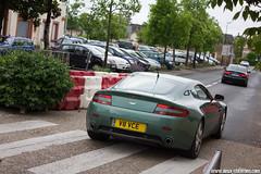 24h du Mans 2013 - Aston Martin V8 Vantage (Deux-Chevrons.com) Tags: astonmartinv8vantage astonmartin v8vantage aston martin v8 vantage spot spotted spotting croisée rue street arnage france voiture auto automobile automotive car coche 24hdumans 24heuresdumans 24hoflemans