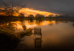 Tranquil? (Rob Pitt) Tags: rivacrevalley england uk sunset pump pit wirral chair water reflection longexposure tokina 1116 efx2 log rob pitt