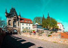 Meien (Philipp Seibt) Tags: castle canon germany deutschland spring saxony sigma sachsen april schloss burg frhling meissen weitwinkel albrechtsburg meisen eos1100d