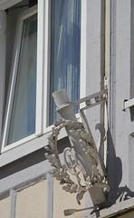 (:Linda:) Tags: window germany town thuringia wreath oakleaf initial meiningen flagholder