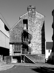 spiral staircase (chrisinplymouth) Tags: building spiralstaircase plymouth devon england cw69x merchantshouse uk greyscale grayscale cw69spiral plymgrp urban