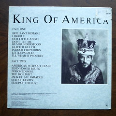 Backside Elvis Costello - King of America (Piano Piano!) Tags: art cover lp sleeve hoes 12inch plaat langspeelplaat elviscostellokingofamerica coverarthoeshulle12inch discdisquerecordalbumlplangspeelplaatgramophoneschallplattevynilvinyl