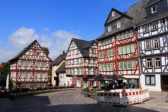 Kornmarkt (Maximilian Kau) Tags: city germany hessen sommer baustelle architektur gebude wetzlar fachwerk fachwerkhaus 2015 fachwerkhuser ldk lahndillkreis