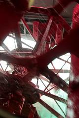 Schaufelrad des Dampfschiff DS Blemlisalp ( Schaufelraddampfer - Salondampfer - Raddampfer - Kursschiff - Baujahr 1906 - Lnge 63.45m - Passagiere 750 ) auf dem Thunersee im Berner Oberland im Kanton Bern der Schweiz (chrchr_75) Tags: lake lago schweiz switzerland see barco ship suisse swiss ds lac dampfer juli christoph 1906 escher svizzera bateau steamer schiff berner vapor skib thunersee dampfschiff  oberland schip suissa 2015 schiffahrt dampfmaschine stoomboot vapeur chrigu alus wyss  fartyg blemlisalp hochformat kantonbern passagierschiff schaufelraddampfer salondampfer kursschiff  chrchr hurni blemlere chrchr75 susise chriguhurni kursschiffahrt passagierschiffahrt ngaren dampfschiffblemlisalp albumthunersee chriguhurnibluemailch juli2015 albumregionthunhochformat thunhochformat hurni150725 albumzzz201507juli