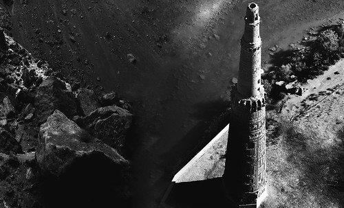 "Torres legendarias / Faros, minaretes, campanarios, rascacielos • <a style=""font-size:0.8em;"" href=""http://www.flickr.com/photos/30735181@N00/31722254913/"" target=""_blank"">View on Flickr</a>"