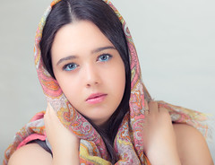 Barbara   070914-2382 (Eduardo Estéllez) Tags: beautiful young girl portrait headscarf white background beauty people female person pattern adult style pretty fashion face women looking traditional head glamour eyes clothing cover religion over cloth mystery scarf closeup horizontal color estellez eduardoestellez barbara