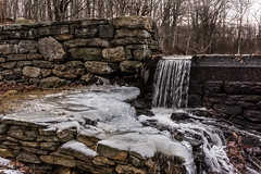 Holbrook Pond, Hebron, CT (billandkent) Tags: billcannon connecticut hebron hebronconnecticut holbrookpond us usa unitedstates billandkent 2016 pond ice waterfall