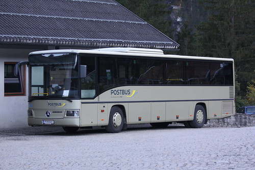 Mercedes-Benz O 550 Integro als Postbus der ÖBB an den Krimmler Wasserfällen