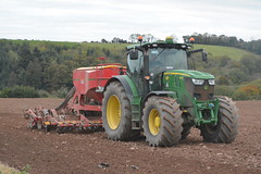 John Deere 6210R Tractor with a Vaderstad Spirit 400S Seed Drill (Shane Casey CK25) Tags: john deere 6210r tractor vaderstad spirit 400s seed drill jd green moogley winter wheat sow sowing set setting drilling tillage till tilling plant planting crop crops cereal cereals county cork ireland irish farm farmer farming agri agriculture contractor field ground soil dirt earth dust work working horse power horsepower hp pull pulling machine machinery grow growing nikon d7100