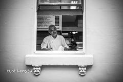 MONO0193 (H.M.Lenßtalk) Tags: summilux 50mm f14 oz aussie street australia australian sydney summiluxm 50 14 black white people urban life city 11450 asph leica m monochrome typ 246