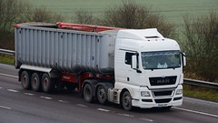 DA63 APF (panmanstan) Tags: man tgx wagon truck lorry commercial bulk freight transport haulage hgv vehicle m18 motorway langham yorkshire