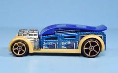 Hot Wheels Fast Cash (FranMoff) Tags: hotwheels blue diecast vehicles fastcash moneyclip experimotors toolinone