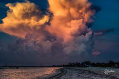 Las Nubes (Riccardo Maria Mantero) Tags: clouds mantero riccardomantero riccardomariamantero blue landscape mexico natura outdoors sky travel water