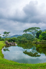 Finca El Zapote, Guatemala!... (sandraestebanp) Tags: verde green expedition water hojas agua guatemala paz reflejo laguna expedicin serenidad sandraesteban fincaelzapote expedicinextrema extremeexpedition