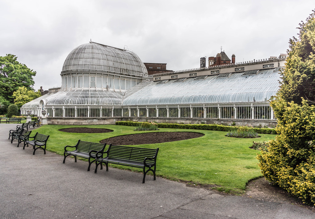 BELFAST CITY MAY 2015 [BOTANIC GARDENS] REF-106441
