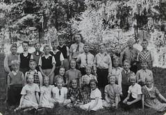Norra ngby Folkskola, klass 4c, vrterminen 1938 (Olle Sundh) Tags: stockholm norra skola klass bromma svv skolfoto ngby folkskola skolbarn vultejusvgen