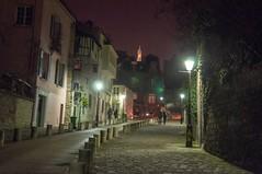 Montmartre at night (Dan Guimberteau) Tags: montmartre paris france nikon d90 night dark darkness nuit street rue