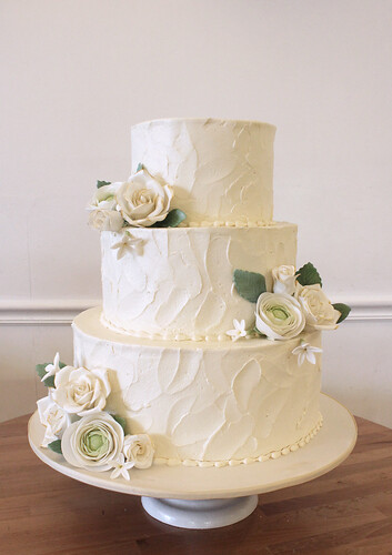 Rustic Texture Buttercream Wedding Cake with sugar Flowers