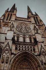 Cathédrale Saint-André - Bordeaux (Janick Norman Leroy) Tags: cathédrale saintandré bordeaux hotel de ville architecture nuit night lumiere light rebel t5 canon 1200d eglise gothique