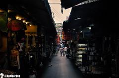 Markets I (danigargon) Tags: photoshop shopping nikon asia market taiwan highcontrast mercado daytime taipei   d5000 nikond5000