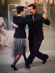 Tango en Florida (Javier Castanon) Tags: street public argentina calle dance buenosaires dancers dancing florida tango baile microcentro bailarines