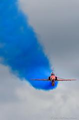 Red Arrows (DrAnthony88) Tags: aircraft smoke redarrows royalairforce raffairford nikond810 modernmilitary nikkor200400f4gvrii royalinternationalairtattoo2015 riat2015