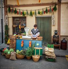 Benassal Fruit Shop (Jose Gumbau) Tags: canon eos castellón frutería benassal 50d 1585mm josegumbau