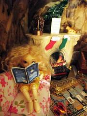 Elves' Christmas night (Anne de Paris) Tags: fairyland realpuki elf elves soso pupu popo fairyhouse