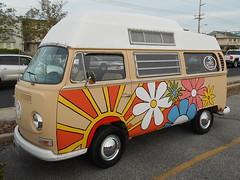 1969 Volkswagen Transporter (splattergraphics) Tags: 1969 volkswagen transporter bus vw camper volksrod carshow cruisinoceancity oceancitymd