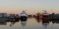 Last Light, Aberdeen Harbour, Aberdeen, Jan 2017 (allanmaciver) Tags: afternoon shade colours aberdeen north east scotland river dee red yellow blue still quiet calm harbour allanmaciver