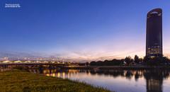 Sevilla (G de Tena) Tags: ciudad cielo andalucia agua atardecer puente reflejo reflejos torre nubes nikon d800