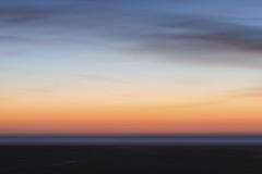 Licht und Meer (blichb) Tags: 2016 deutschland nationalpark nationalparkwattenmeer nordsee schleswigholstein sonya7rii stpeterording blichb icm wischer licht meer sonnenuntergang abstrakt