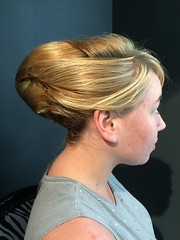 """Chignon banane • <a style=""""font-size:0.8em;"""" href=""""http://www.flickr.com/photos/115094117@N03/17983914614/"""" target=""""_blank"""">View on Flickr</a>"""
