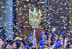 Warriors Championship Parade 2015 (evie22) Tags: sports basketball oakland parade bayarea warriors athletes champions dubs 2015 goldenstatewarriors championshipparade dubnation roaracle 2015nbachampions