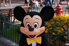 Mickey Mouse at Disneyland (GMLSKIS) Tags: disneyland mickeymouse disney amusementpark california anaheim