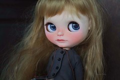 Lottie ^-^ (umami_baby) Tags: mod doll ooak blonde hippie blythe freckles collectible etsy artdoll fashiondoll customizeddoll lottie customblythe faceup umamibaby