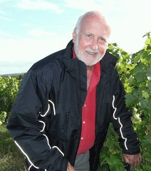 "David Levin - The Man & His Vines • <a style=""font-size:0.8em;"" href=""http://www.flickr.com/photos/133405556@N08/19456349464/"" target=""_blank"">View on Flickr</a>"