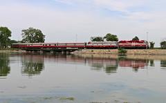 Madison, Wisconsin (UW1983) Tags: wisconsin trains madison railroads lakemonona passengertrains wsor wisconsinsouthern