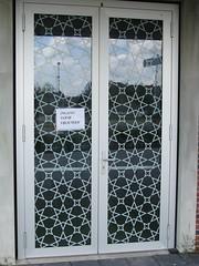 WOMEN (streamer020nl) Tags: door holland netherlands women entrance nederland mosque porte nl tr flevoland buiten femmes mosk ingang deur almere niederlande vrouwen frauen entree moskee 2015 eintritt almerebuiten evenaar